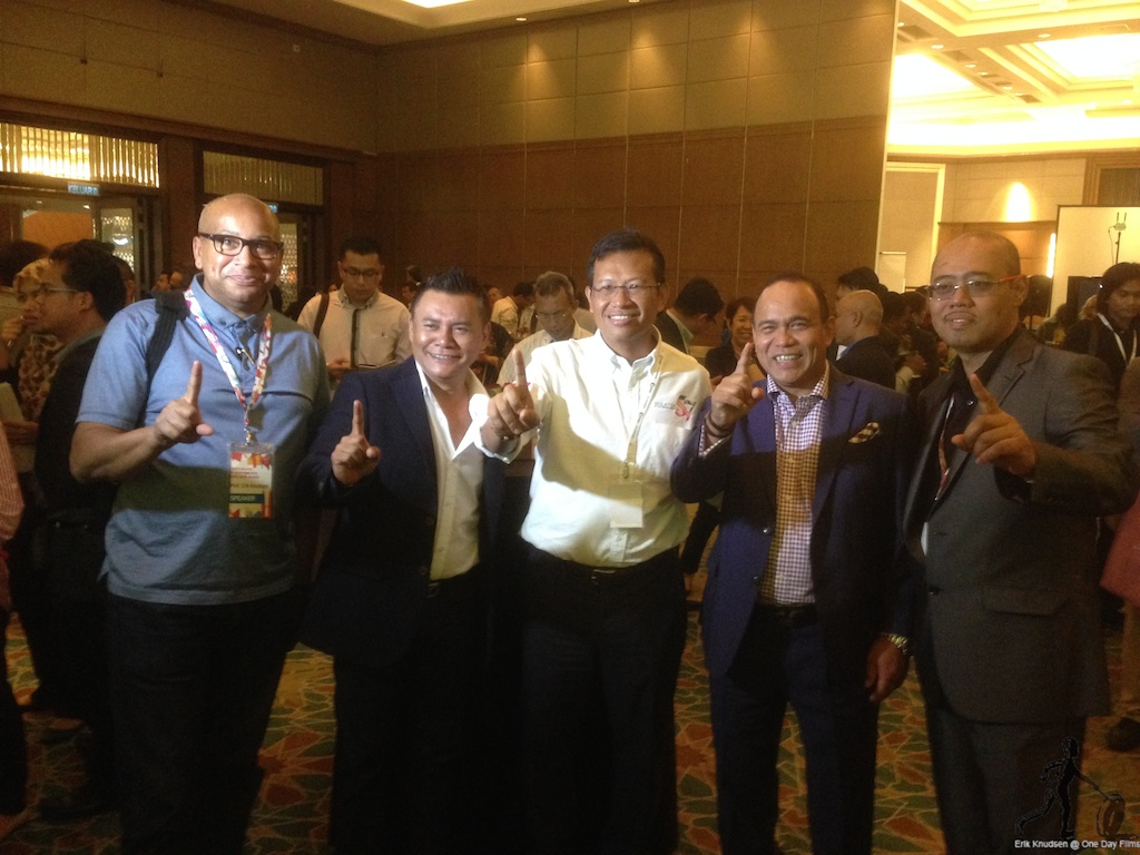 Erik Knudsen with the singer, Zainalbidin, the Minister of Communication and Multimedia, the Chair of FINAS, Datuk Haji MD and the Director General of FINAS, Dr Megat Al-Imran Yasin at a reception.