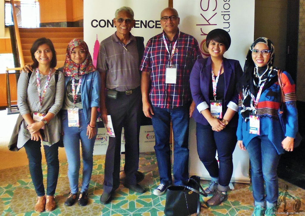 Erik Knudsen with Hassan Muthalib and his students at Content Malaysia conference